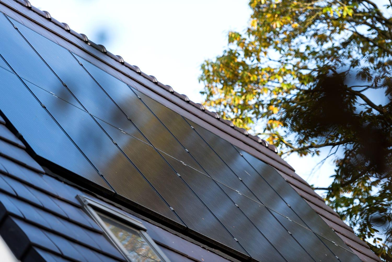 Gasloos wonen dankzij infrarood verwarmingspanelen, warmtepomp en zonnepanelen - Eindhoven