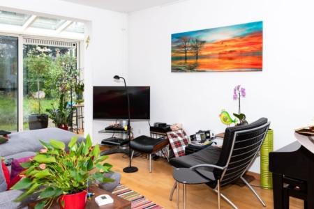 Verwarmingspaneel met fotoprint, heatstrip, bureauwarmer en zonnepanelen - Woonhuis Nijmegen