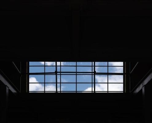 Infrarood heatstrips in voormalige munitiefabriek - Gunpowder Studio, Amsterdam
